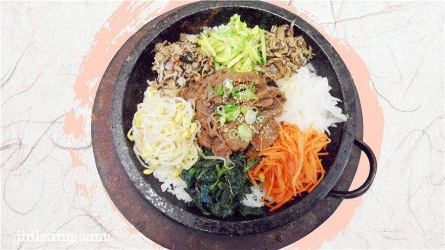 石頭鍋拌飯 (1)
