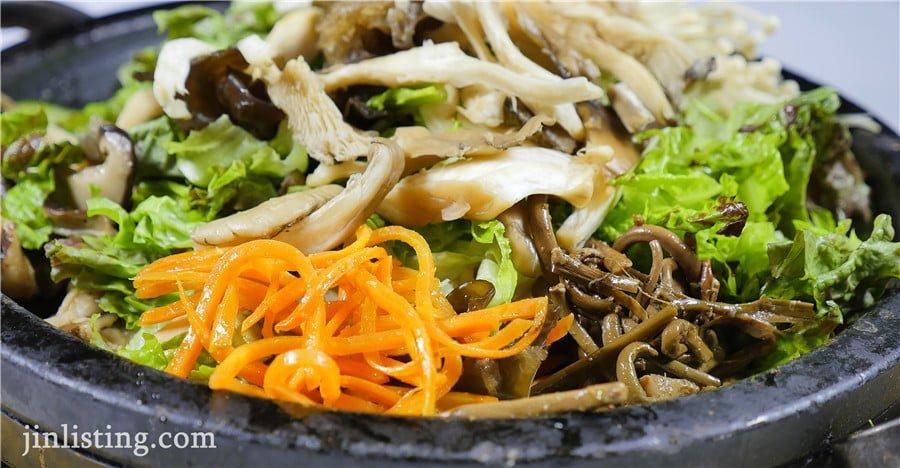 蘑菇石鍋拌飯