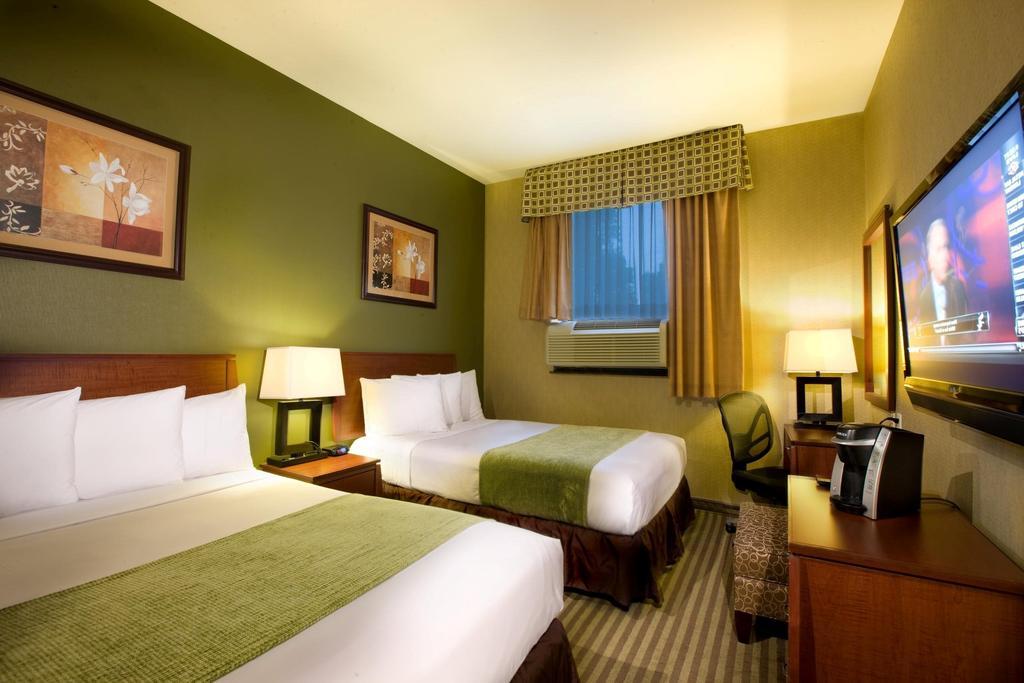KAM WAY LODGE美好居大旅館 (718)672-0800