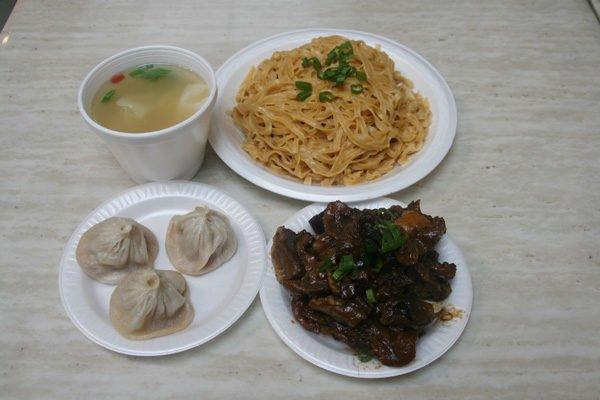 上海人家(718-745-2620)