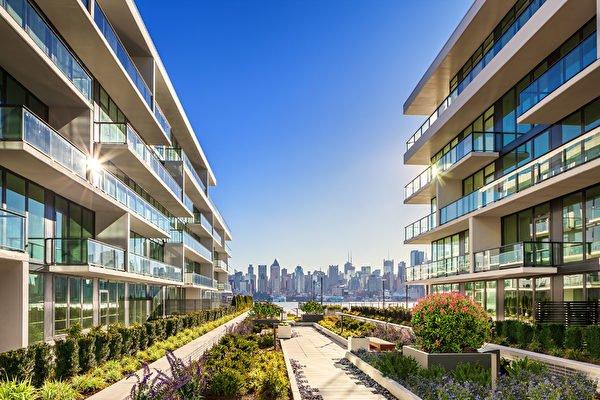 帝国港1200 Avenue 建筑水景公寓(201-210-0099)