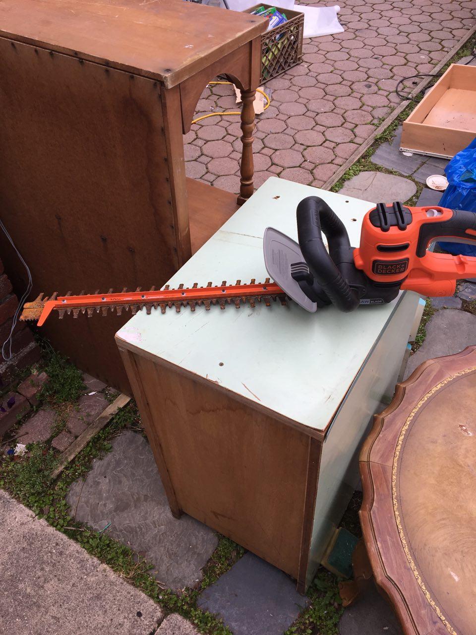 修剪樹葉機 $15 聯繫電話 :347-200-6594