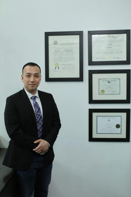 地产诉讼律师