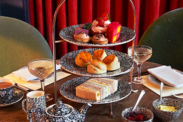 英式下午茶:正宗英国美食+44 (0)207 434 1775