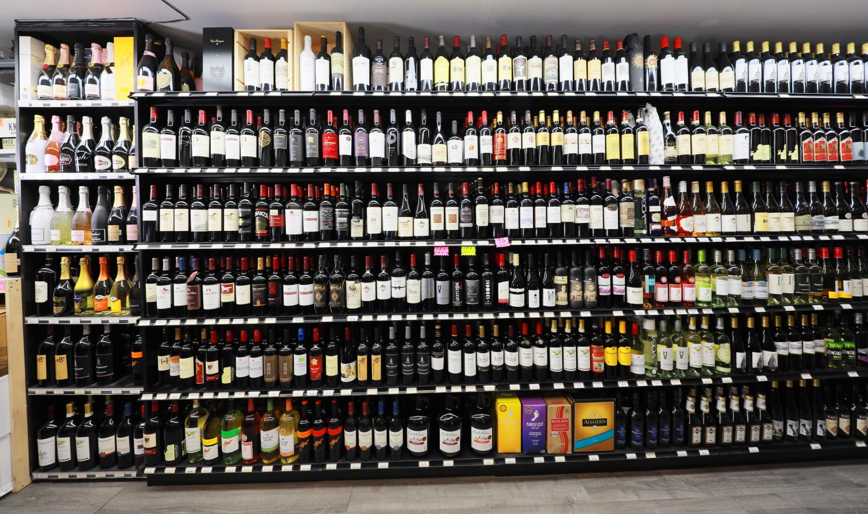 蓝天酒庄(Blue Sky Wine & Liquor)929-300-7155缅街酒庄/法拉盛酒庄/酒庄推荐