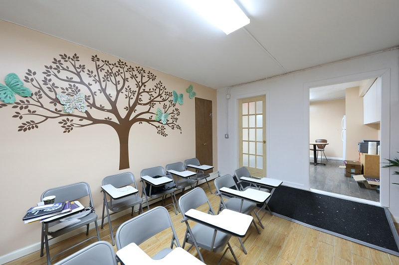 DE YI TUTORING INC. 得益英语培训中心 347-923-1270法拉盛英语补习班:快速提高英语!