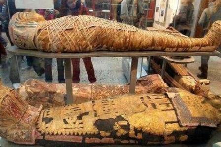 埃及《死者书》选篇(二) 拉是如何出现的