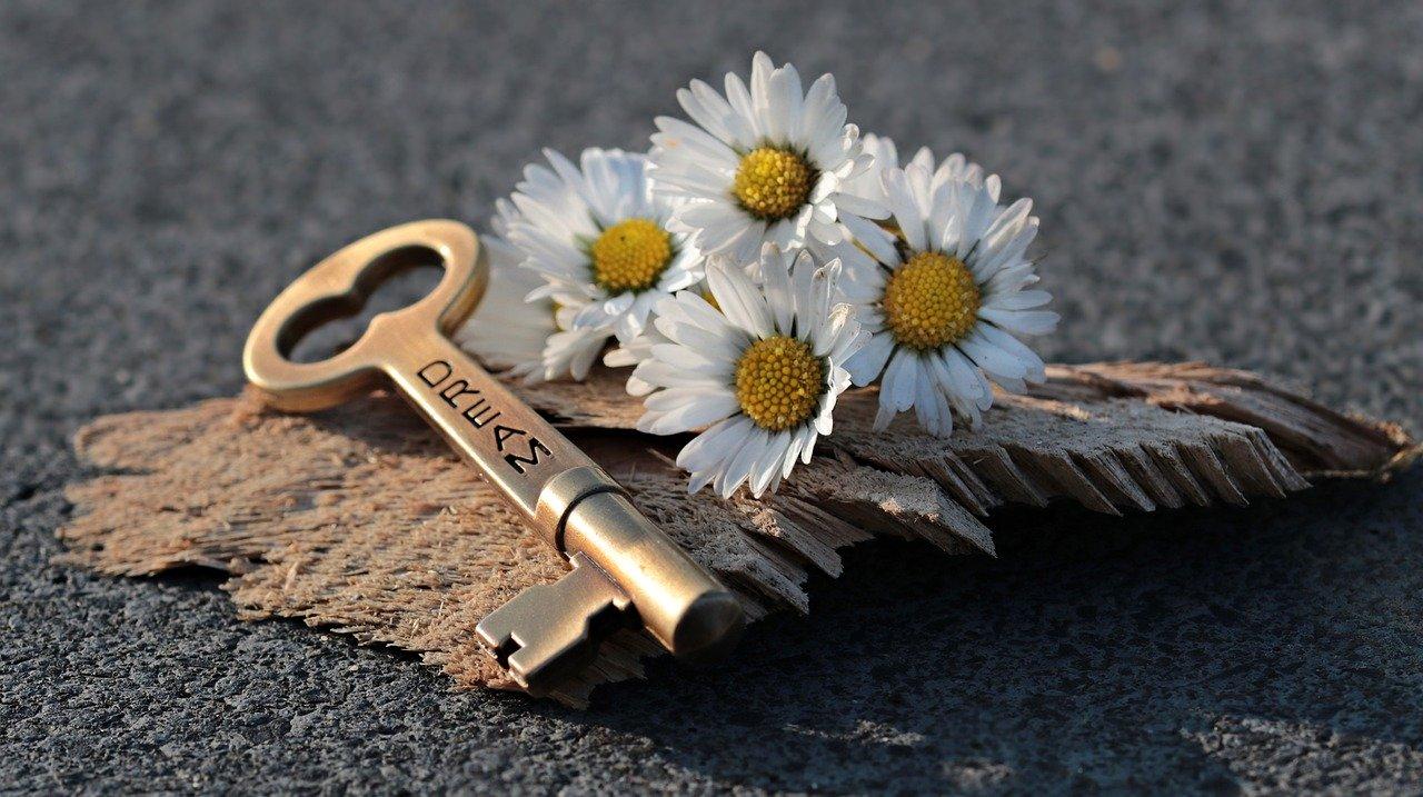 法拉盛精配钥匙/上门开锁 (917) 993-0172