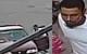 骇人!皇后区5岁男童遭黑人男子绑架 其母搏命20秒从车窗夺回