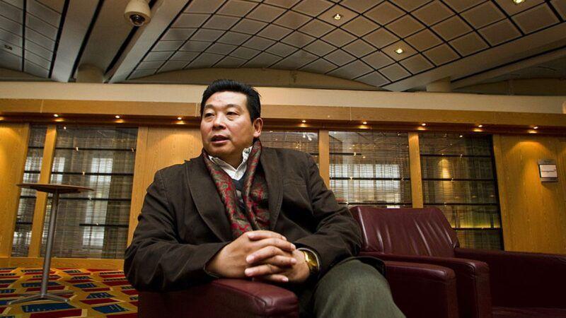 杨建利因曾经隐瞒党员身份申请入籍被拒