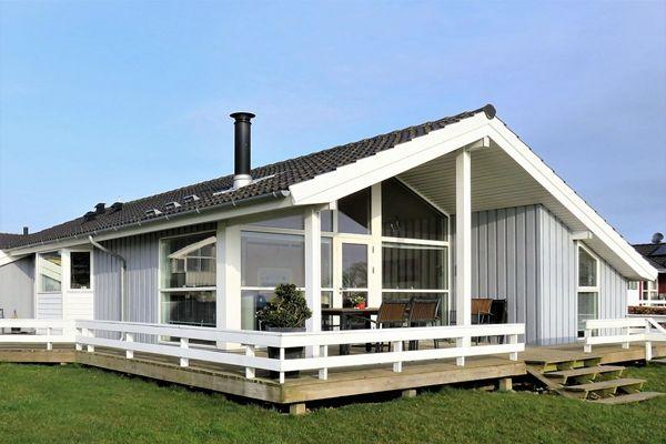 在美国屋顶漏水 教你如何查找根源和屋顶漏水修复